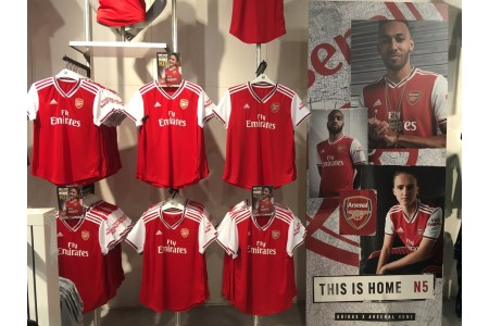 Арсенал представил домашнюю форму на сезон 2019-2020
