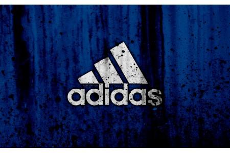 История создания футбольной обуви Adidas