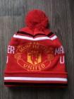 купить Футбольная шапка Манчестер Юнайтед красная