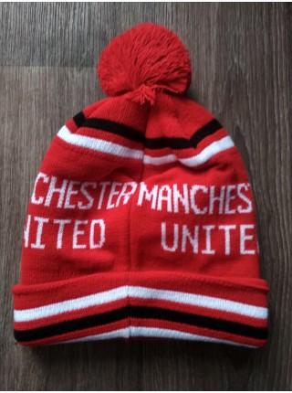 Футбольная шапка Манчестер Юнайтед красная