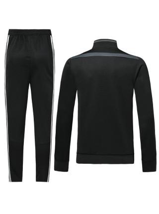 Детский спортивный костюм Ювентус черный с полосой  2019-2020