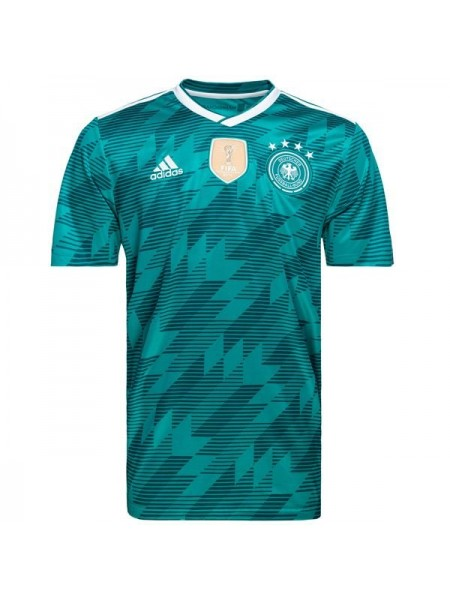 Футбольная форма национальной сборной Германия выездная 2018