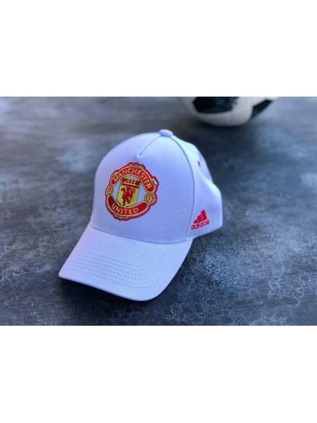 Кепка / Бейсболка Манчестер Юнайтед белая 2020