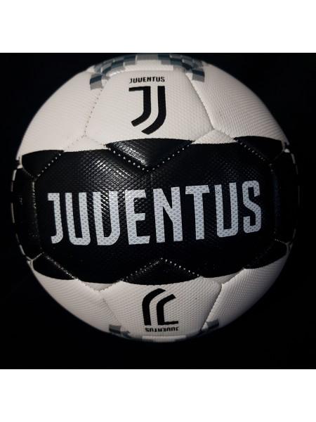 Футбольный мяч Ювентус черный