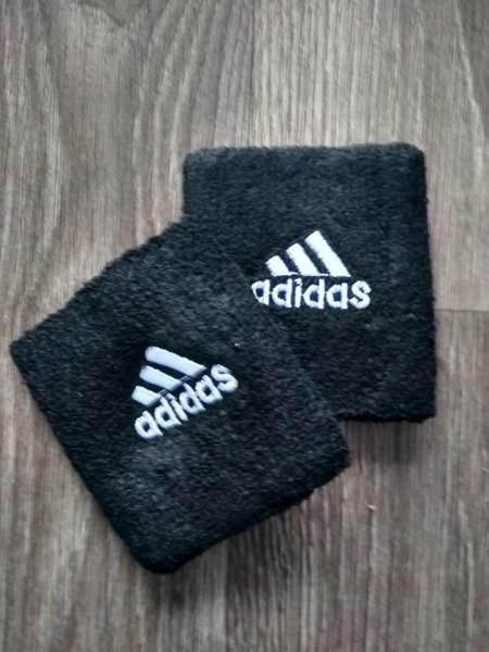 Напульсник Adidas черный