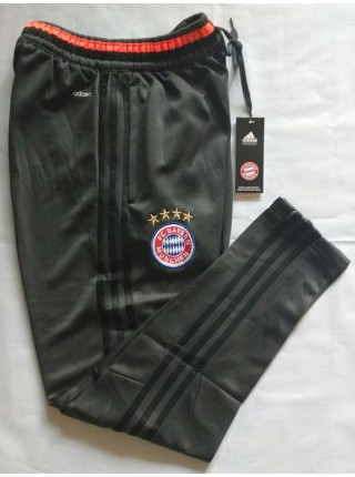 Футбольные штаны Бавария серые