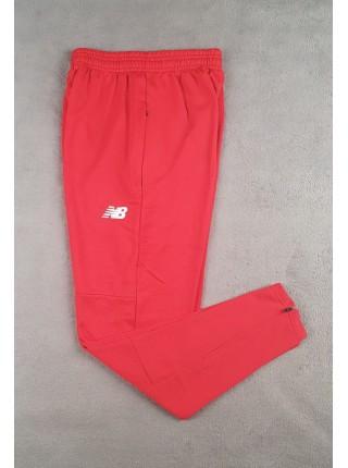 Футбольные штаны Ливерпуль красные
